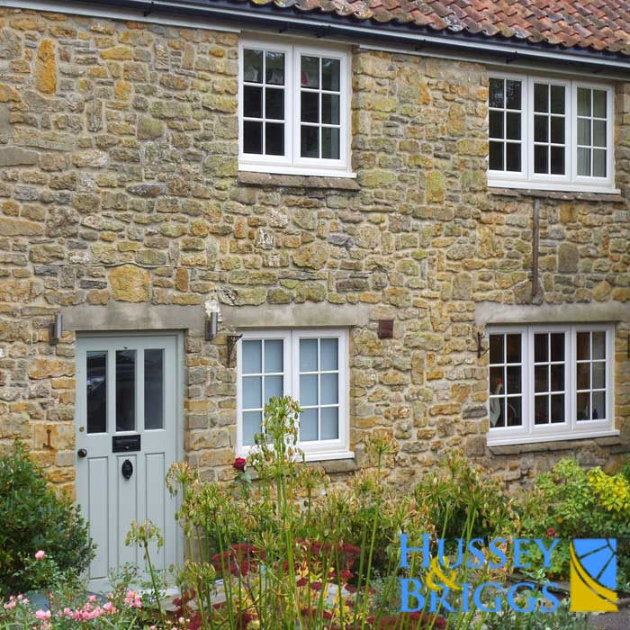 Traditional-cottage-replacement-windows